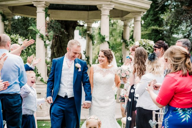 WEDDING PHOTOGRAPHS AT WENTBRIDGE HOUSE